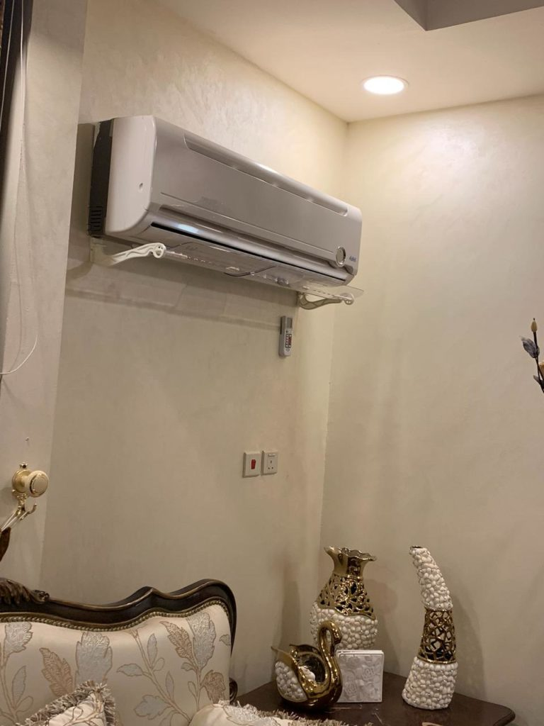 موجه هواء المكيف مطلب كل أسرة سعودية